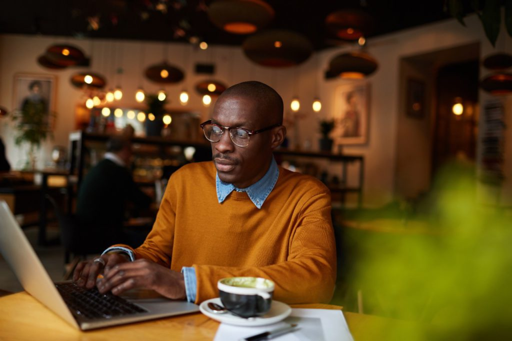 blogger in coffee shop GNCPA3X 1